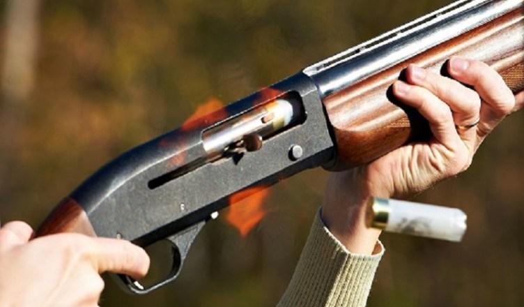 """Una vittima ogni tre giorni, la strage della caccia: il 19enne Nathan ucciso dalla """"passione"""" dei cacciatori"""
