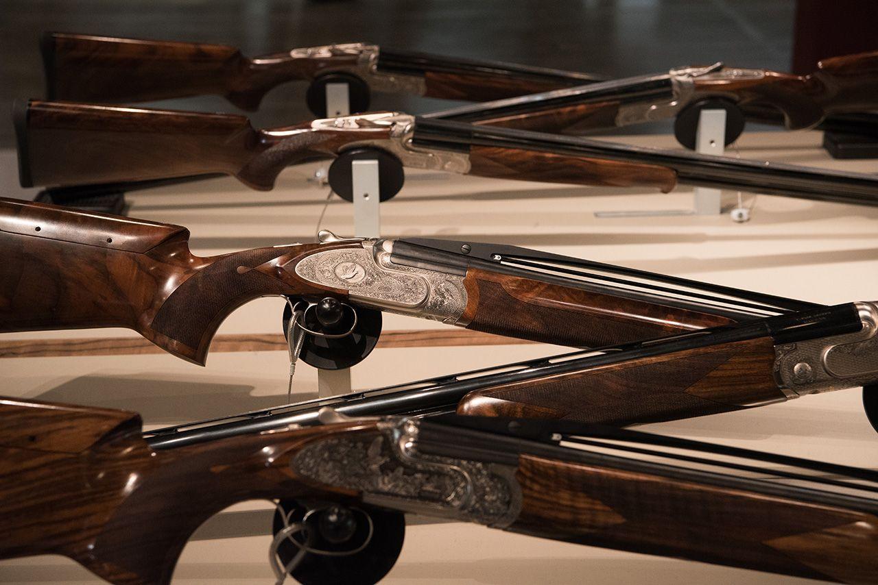 """Rete Disarmo e Opal: """"Hit Show luogo di propaganda per le armi con il ministro che imbraccia il fucile"""""""
